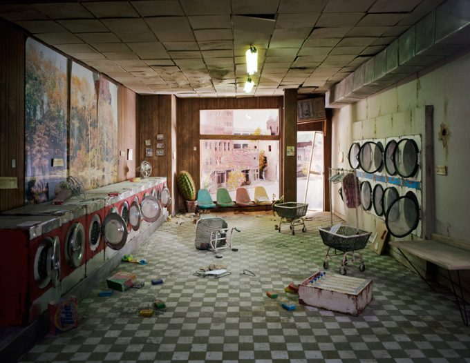Lori Nix, Laundromat