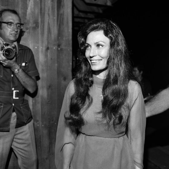 Loretta Lynn, Backstage