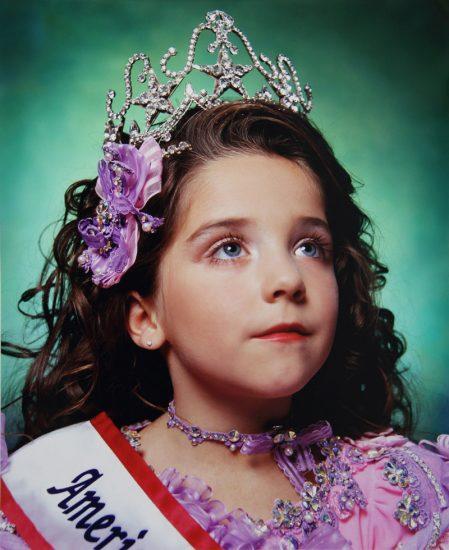 Andres Serrano, America (Jewel-Joy Stevens, America's little Yankee Miss)