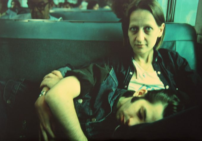 Nan Goldin, Suzanne and Philippe on the train, Long Island, N.Y
