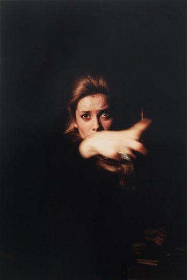Jerry Schatzberg, Catherine Deneuve Pointing