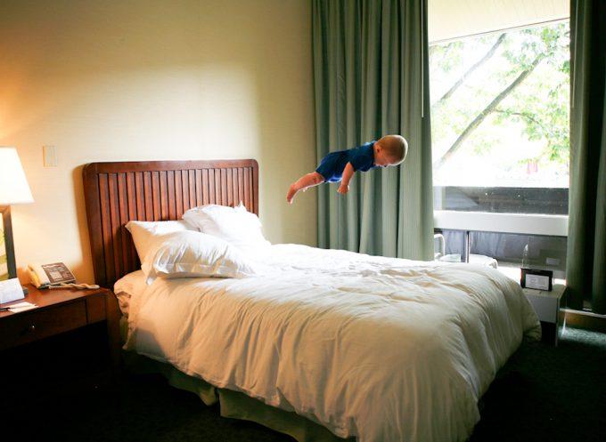 Rachel Hulin, Hotel Flight