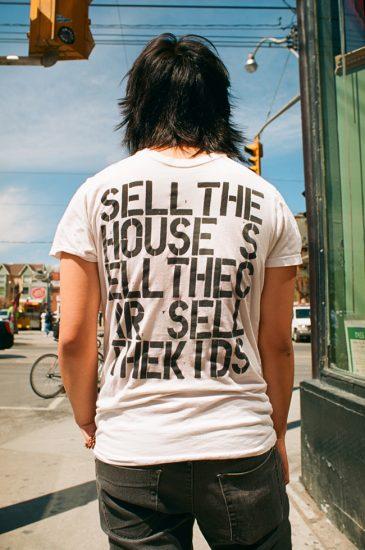 Barnett, Sell The House