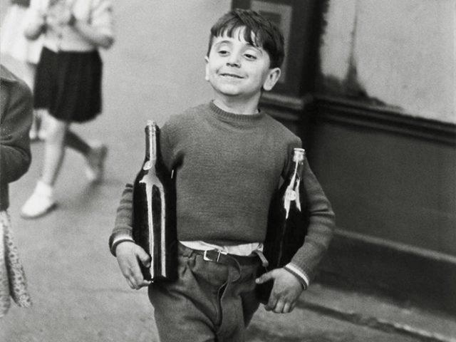 Henri Cartier-Bresson, Rue Mouffetard, Paris