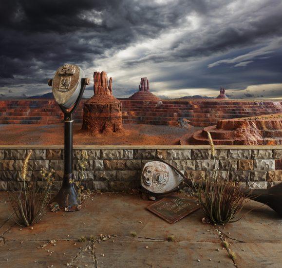 Lori Nix/Kathleen Gerber, Fall Monument